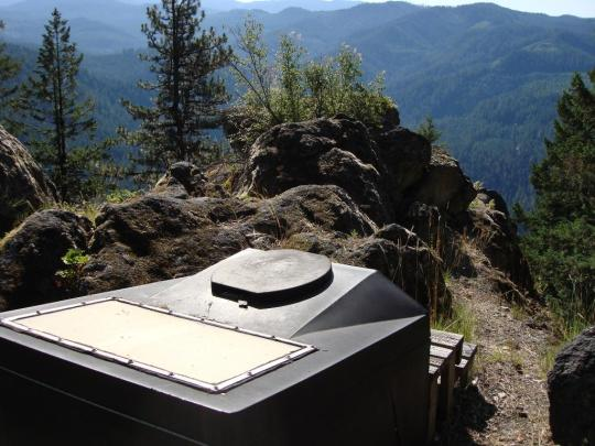 The Acker Rock Lookout, Oregon. Courtesy of recreation.gov.
