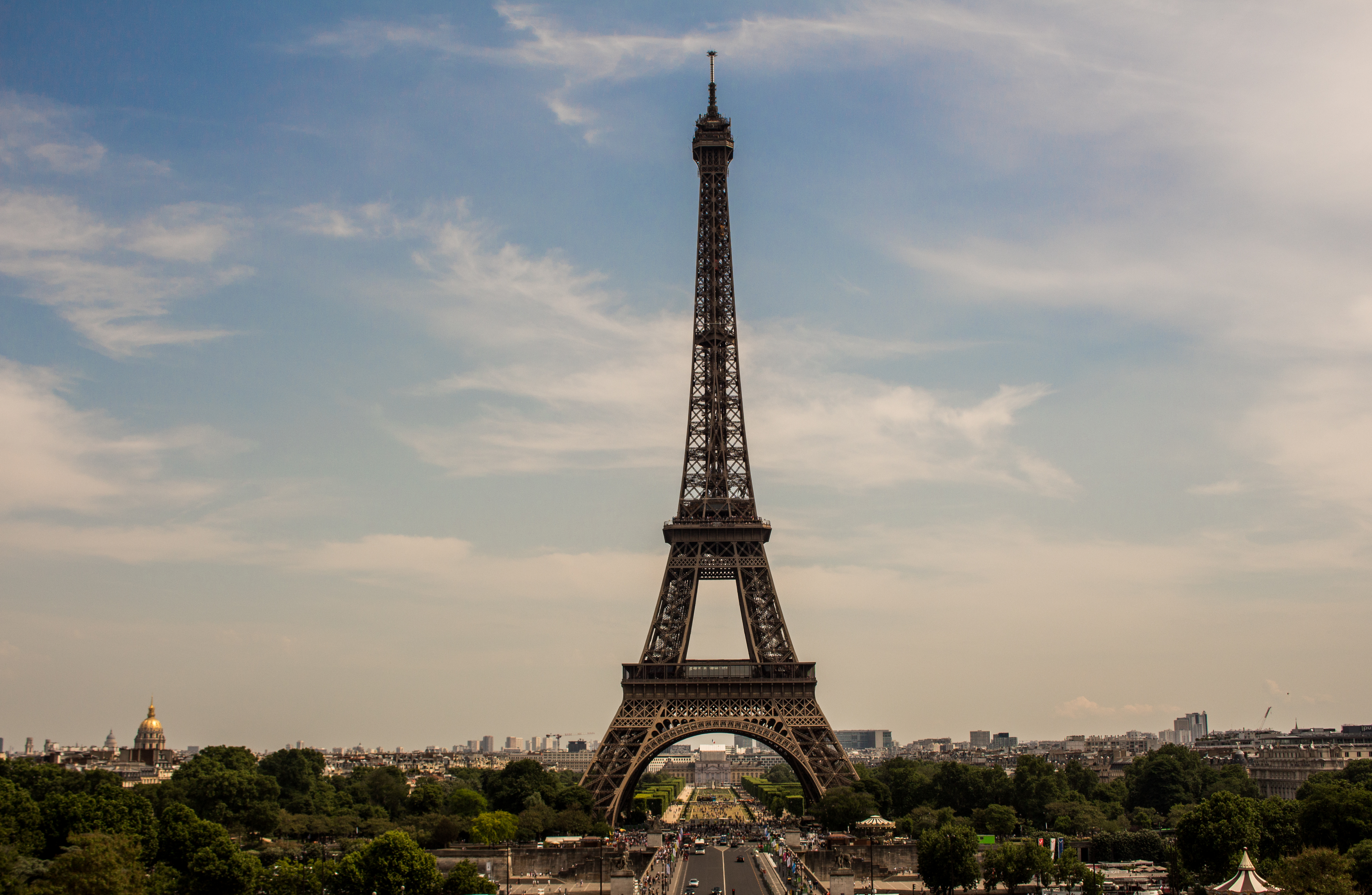 essay about paris france Descriptive essay – paris 11 november 2016 paris  not a single patch of land visible between germany and france was without use for wine, hay, animals,.